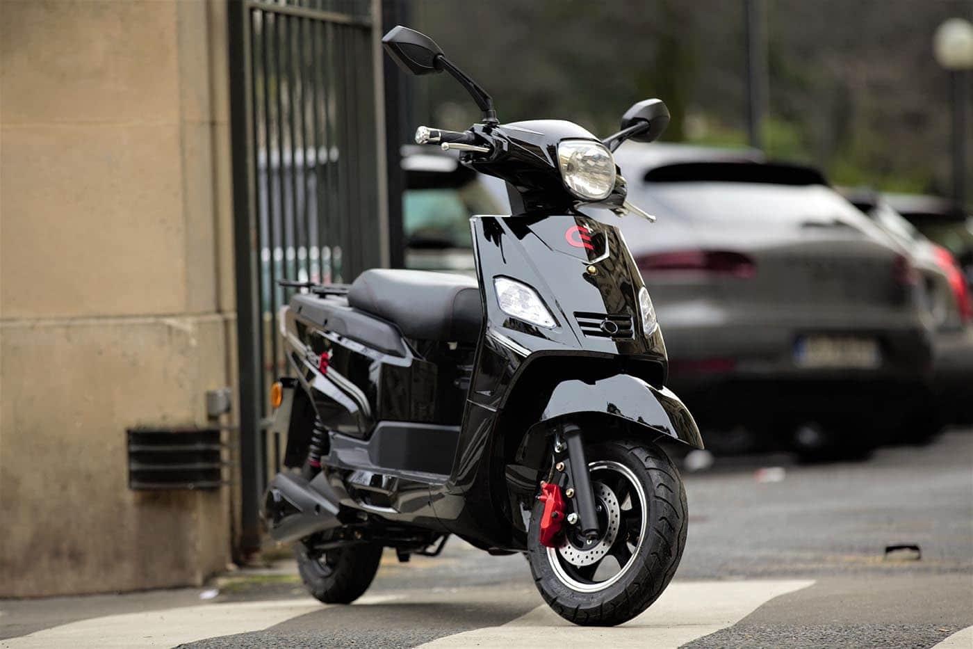 epaviste et enlevement d 39 pave moto scooter 2 roues gratuit paris idf. Black Bedroom Furniture Sets. Home Design Ideas